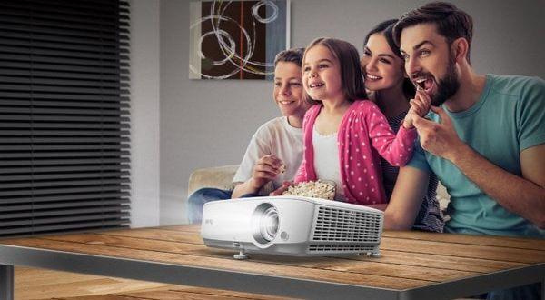 Проекторы для всей семьи
