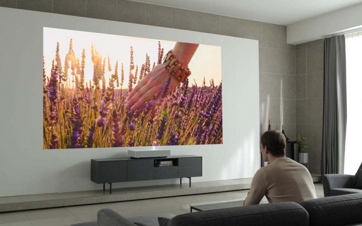 короткофокусный или ультракороткофокусный проектор фото 9